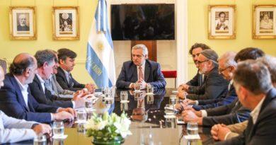 reunion gobierno campo